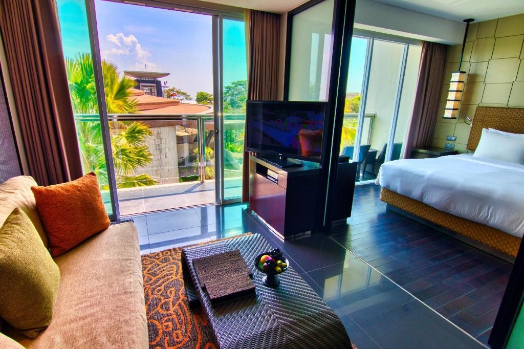 Suite Deluxe - Pemandangan The Sakala Resort Bali - All Suites