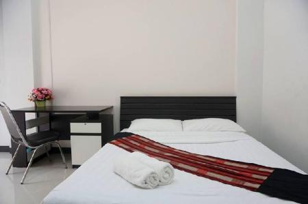 Standard Bed - Bedroom You Sabai Residence