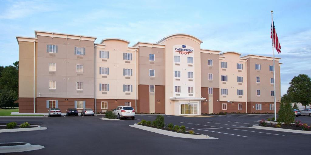 Candlewood Suites Wichita East