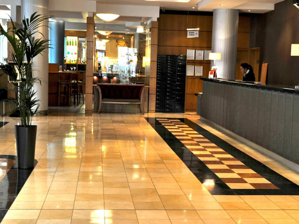 Lobby Jurys Inn London Croydon