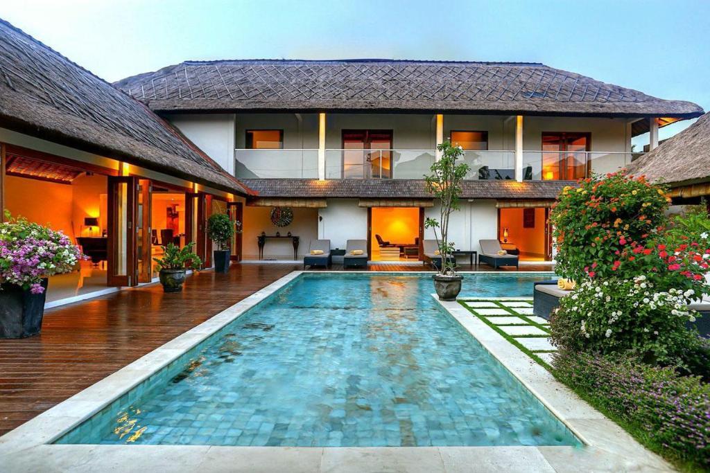 5 Bedroom Villa Vie Seminyak Entire Villa Bali Deals Photos Reviews