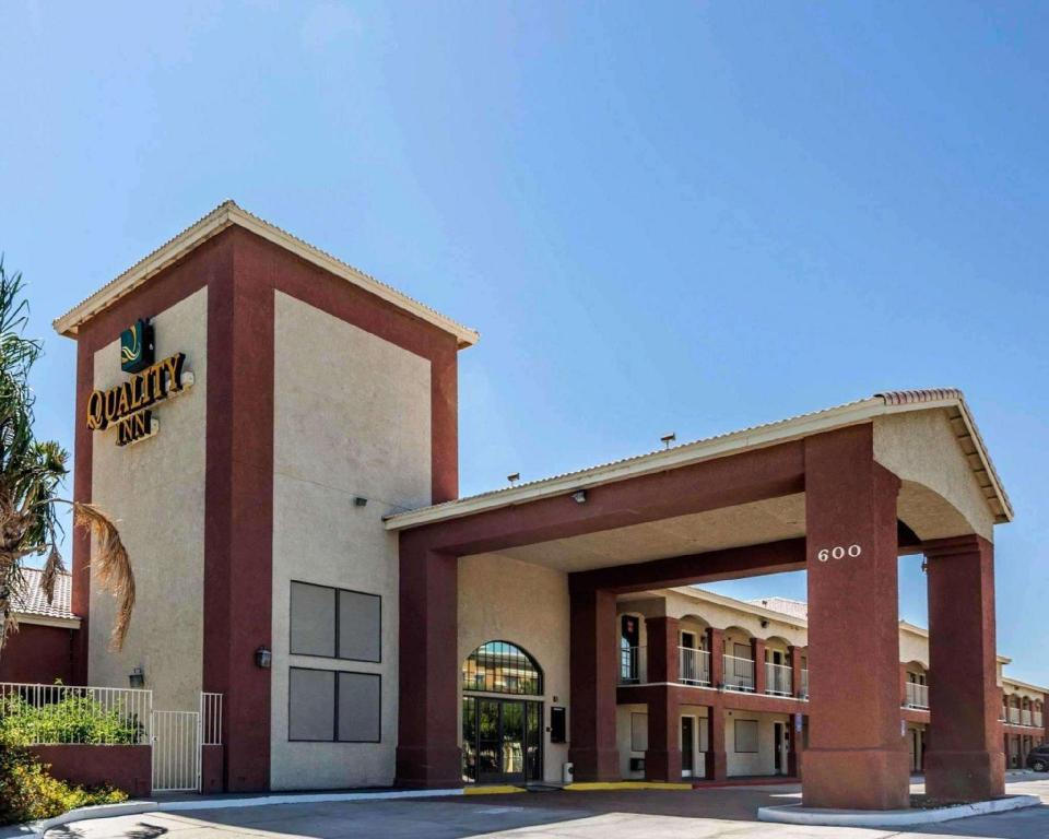 More about Quality Inn Blythe I-10