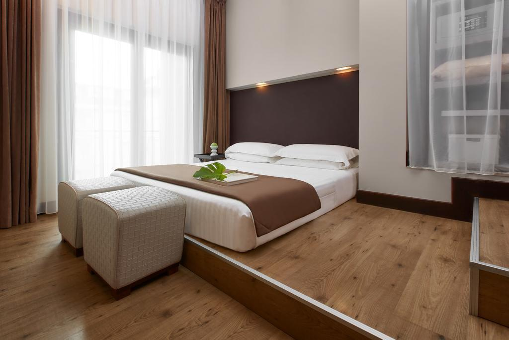 Rooms: Hotel Leonardo Da Vinci, Florence, Italy