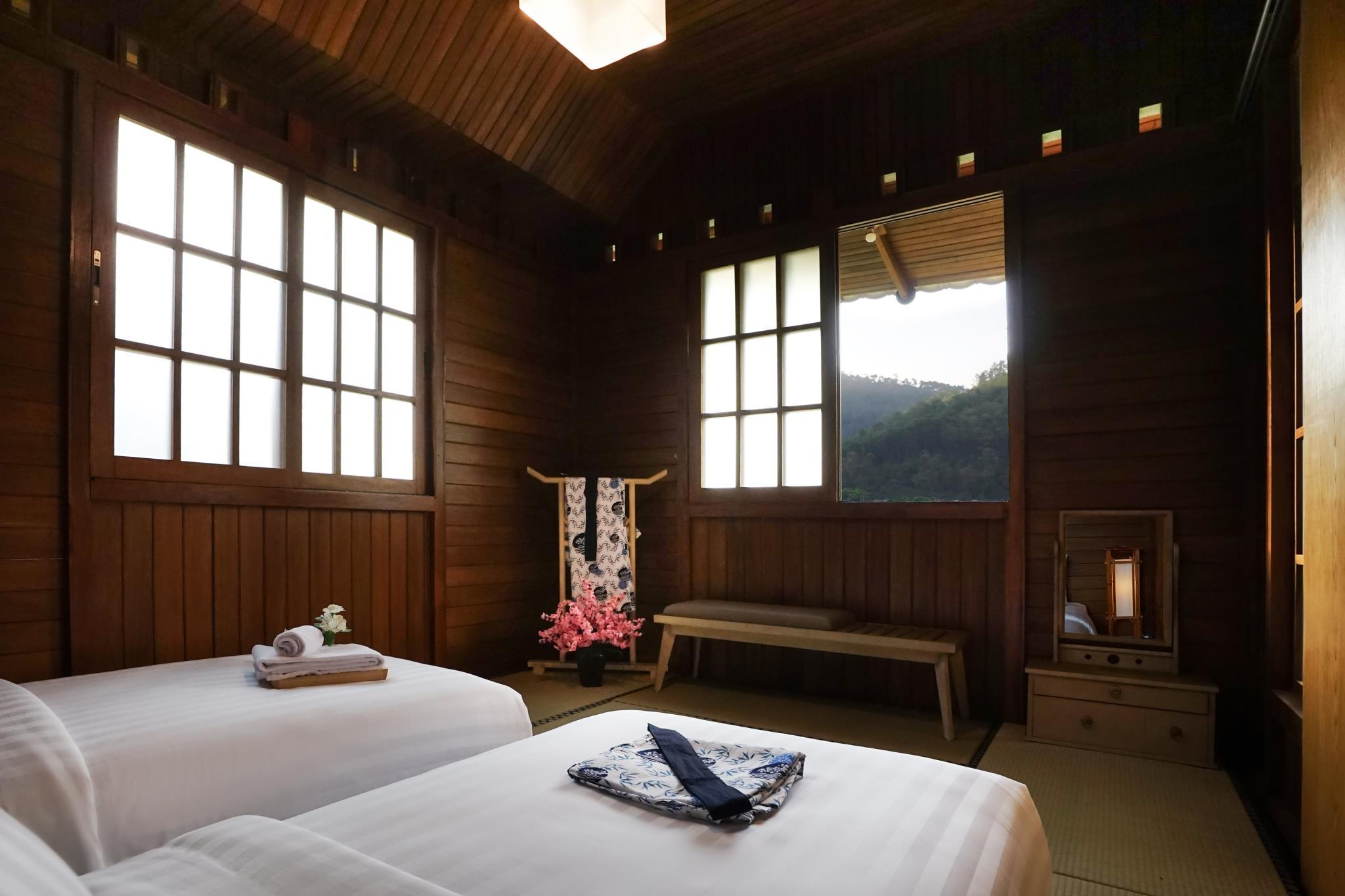 The Onsen Hot Spring Resort In Malang Room Deals Photos Reviews