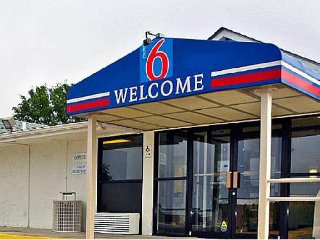 More about Motel 6 Hagerstown