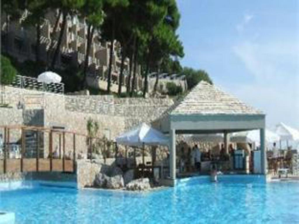 Swimming pool Hotel Dubrovnik Palace