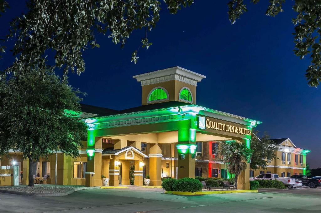 More about Quality Inn & Suites - Granbury