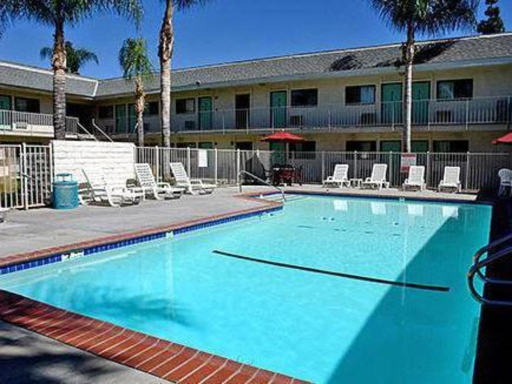 Motel 6 Anaheim Stadium - Orange in Los Angeles (CA) - Room
