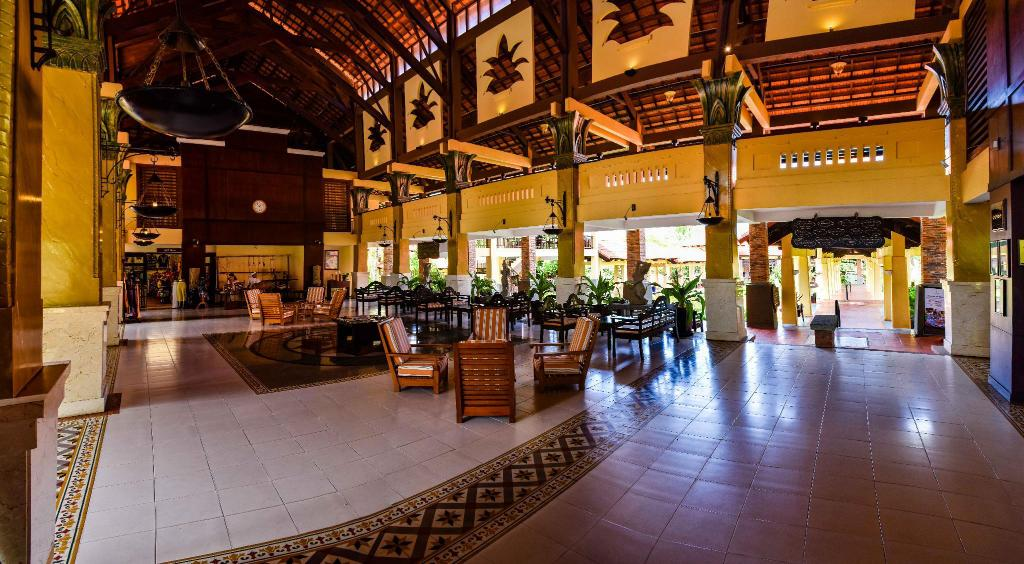 Lobby Pandanus Resort & Spa