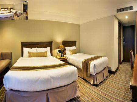 Deluxe Double or Twin - Bed Royal Rattanakosin Hotel