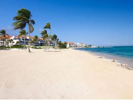 strand Punta Palmera Cap Cana by Essenza Retreats