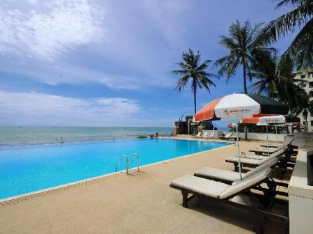 Swimming pool [outdoor] Golden Pine Beach Resort