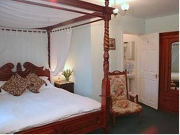 Habitació Doble amb llit amb dosser (Double Room with Four Poster Bed)