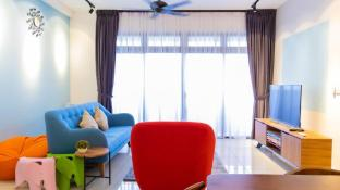Colorful Design Home - 3 mins to Legoland  MY