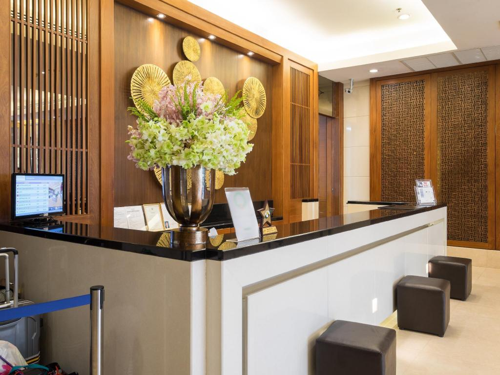 Centre Point Silom River View Hotel In Bangkok Room Deals
