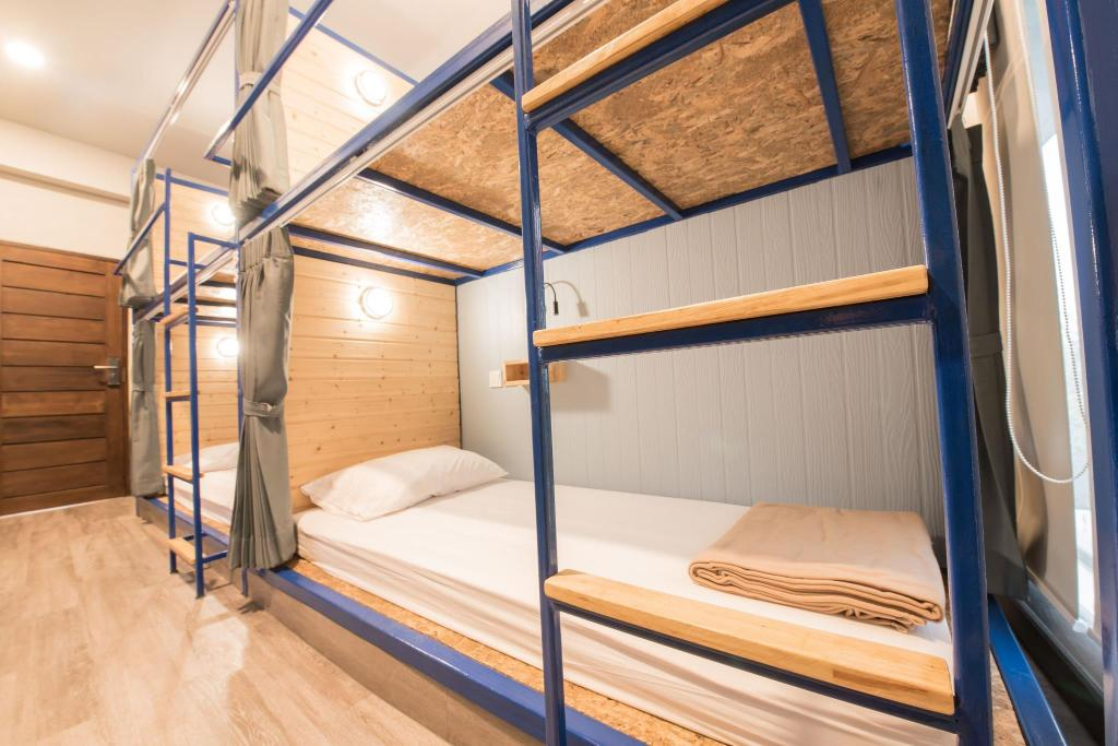 Sleep Terminal Hostel