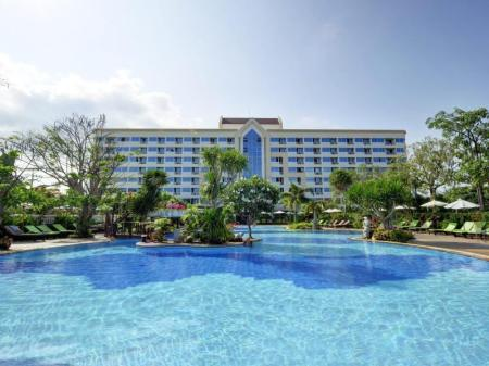 Swimming pool Jomtien Garden Hotel & Resort