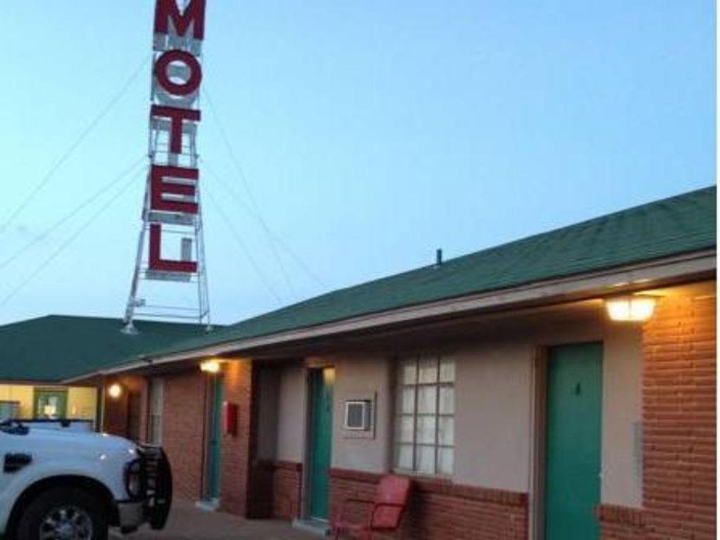 Beacon Lodge Motel In Snyder Tx Room Deals Photos Reviews