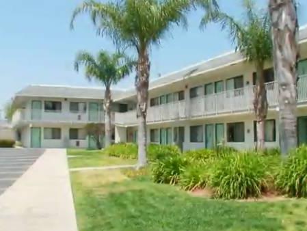 Motel 6 Los Angeles - Sylmar in Los Angeles (CA) - Room Deals ...