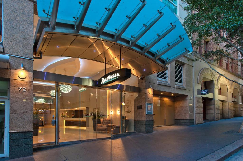 More about Radisson Hotel & Suites Sydney