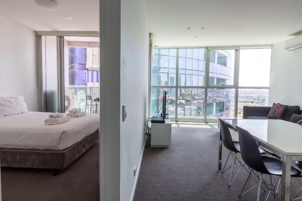 Book Apartments Melbourne Domain - New Quay Docklands ...