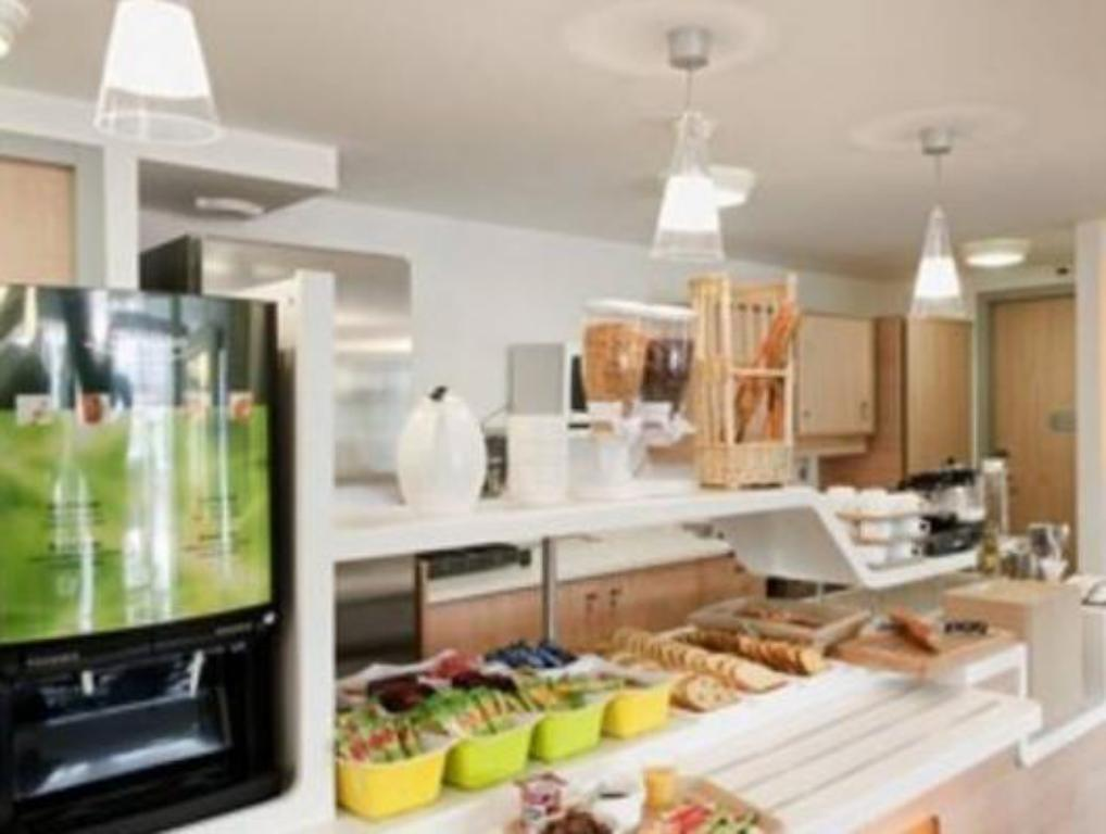 Buffet ibis budget Versailles - Trappes
