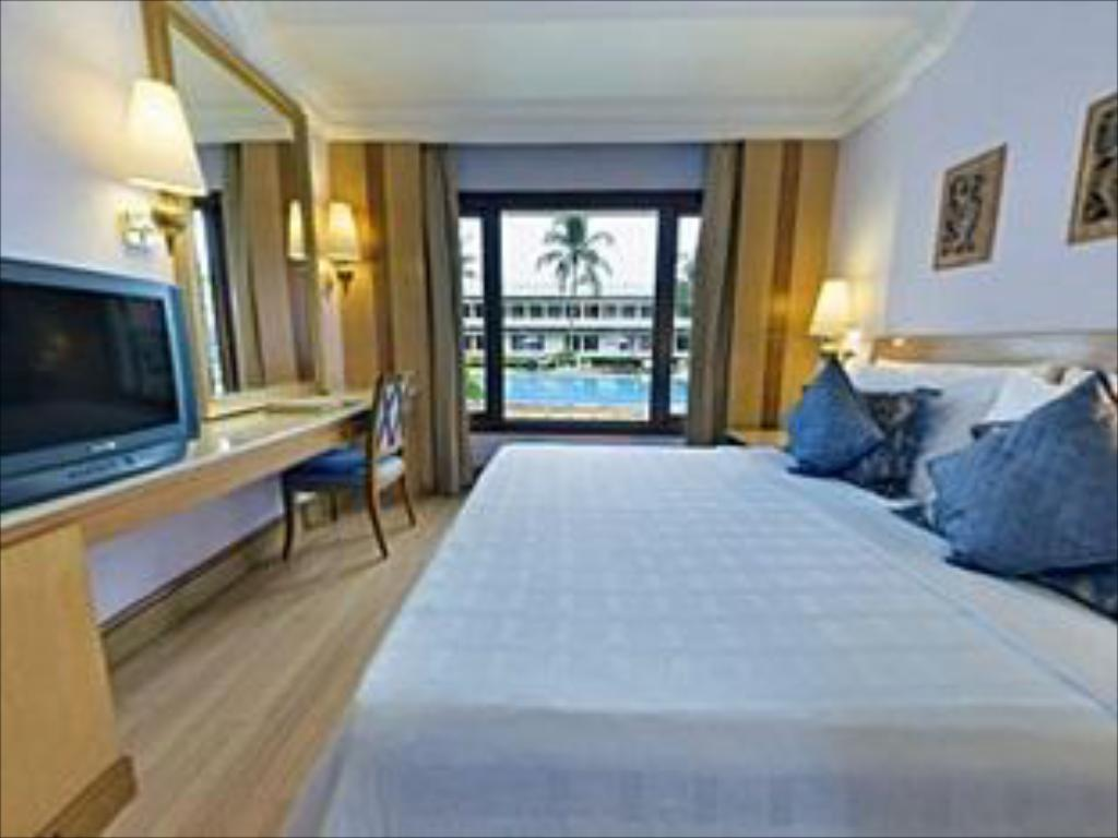 Deluxe - Trident Holidays Trident Bhubaneswar Hotel