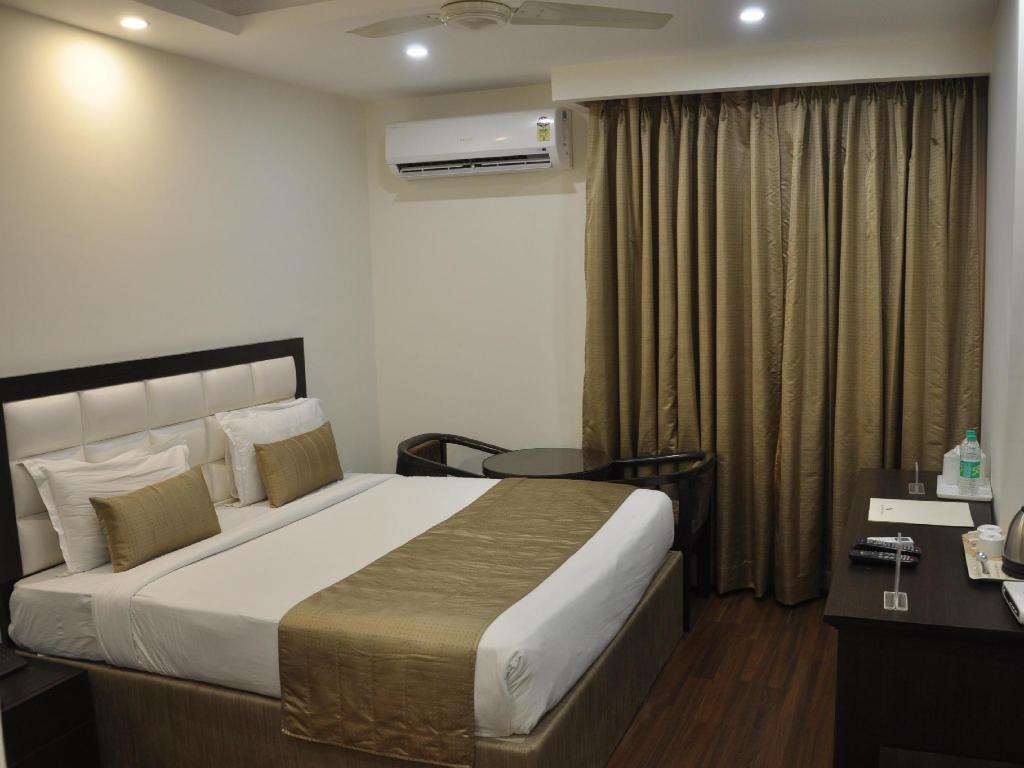 Executive Room - Bed