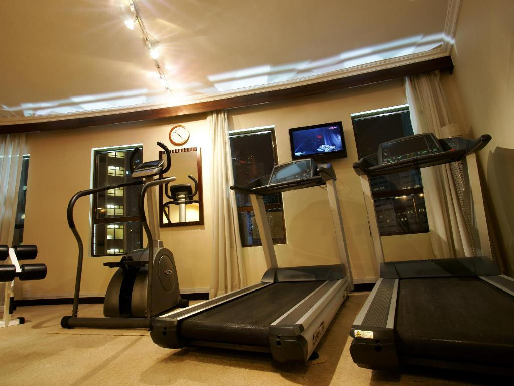 Fitness center Dorsett Wanchai Hong Kong