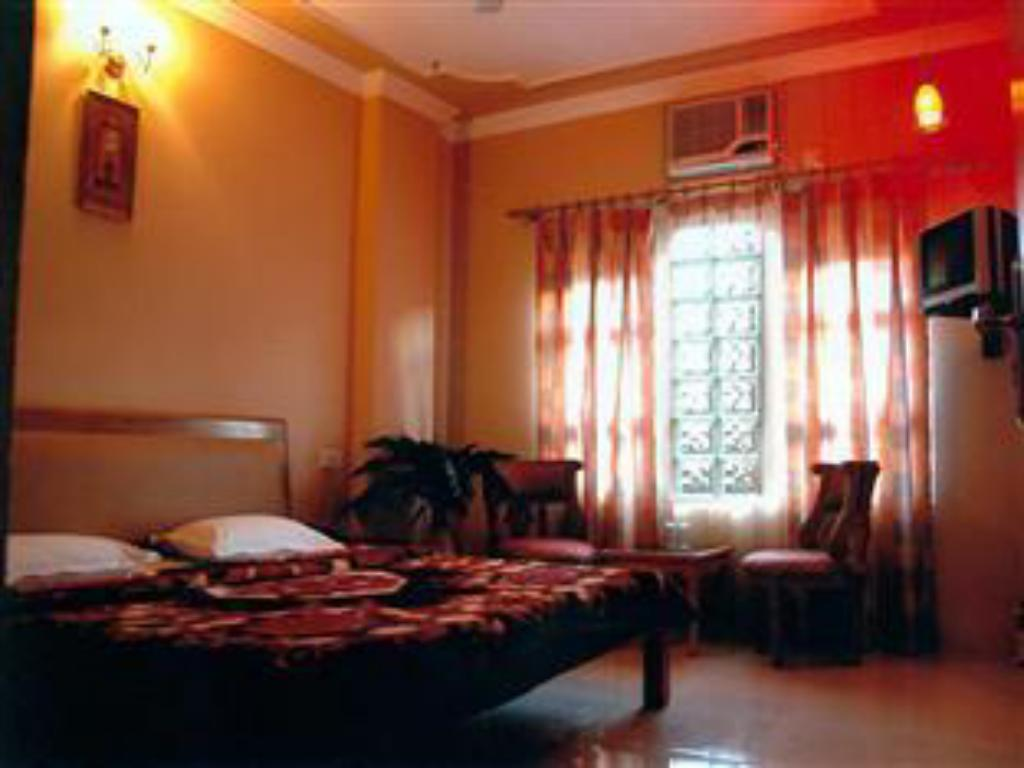 Deluxe - Air Conditioning - Guestroom Hotel King