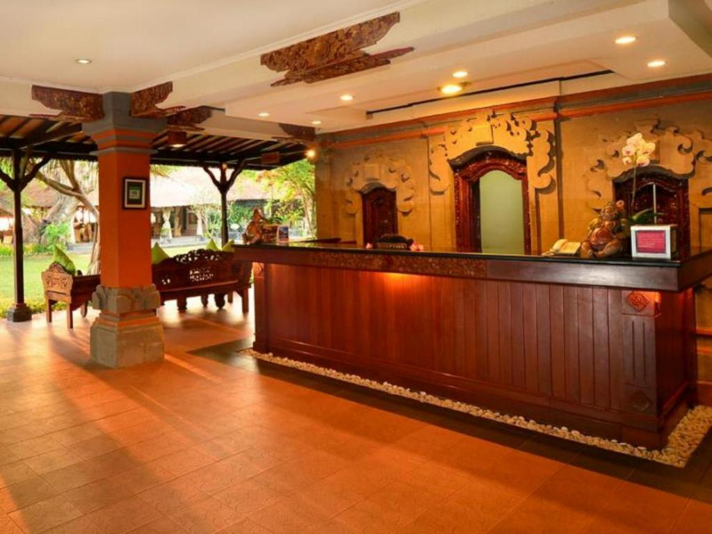 Hall Inna Sindhu Beach Resort and Hotel