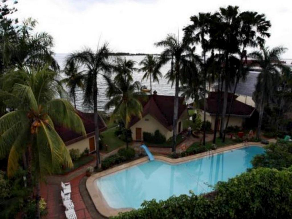More about Makassar Golden Hotel