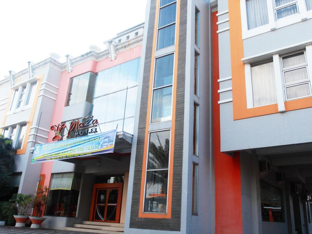 More about Plaza Hotel Tegal