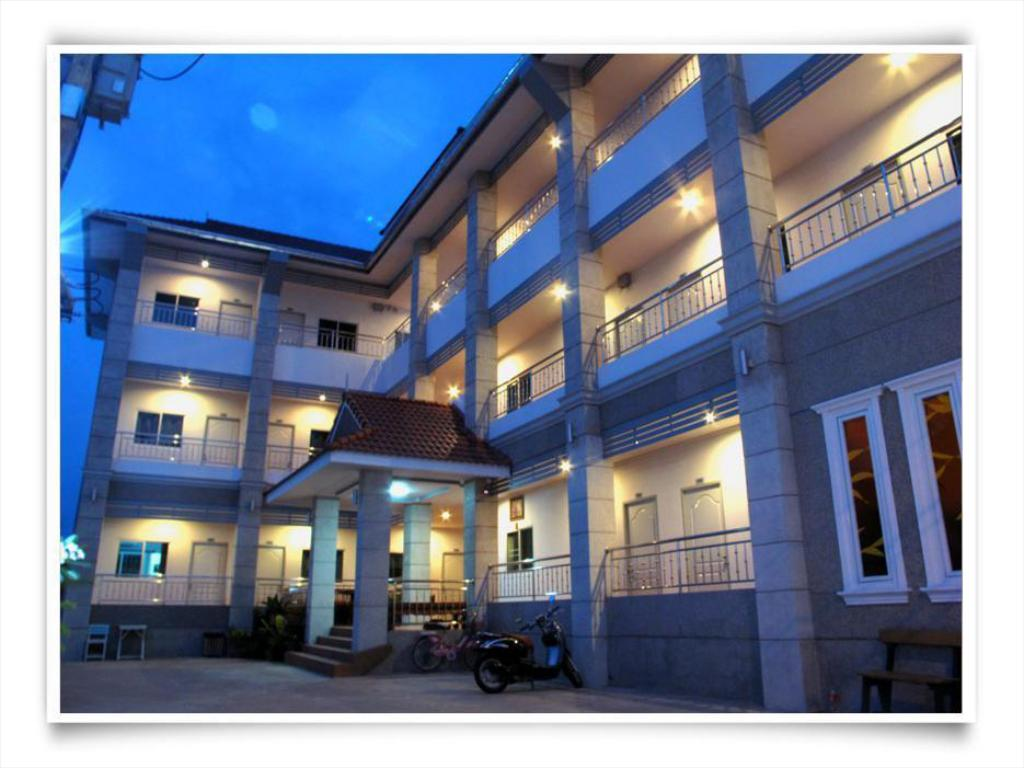 Best Price on Cool Home in Khon Kaen + Reviews
