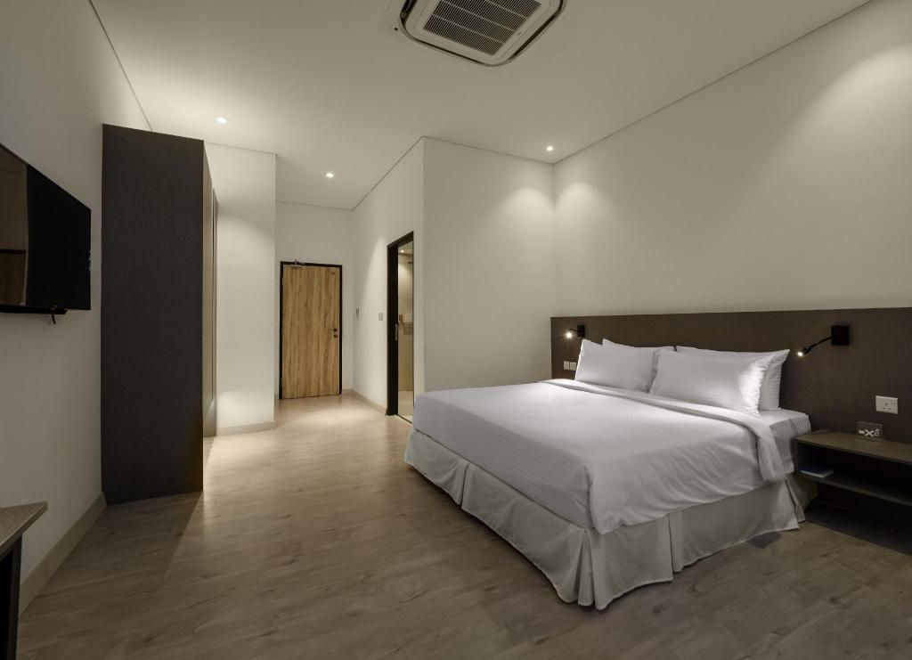Two Bedroom Suite - Bedroom Magazine Vista Hotel By PHC