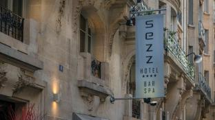 Sezz Paris Luxury Design Hotel