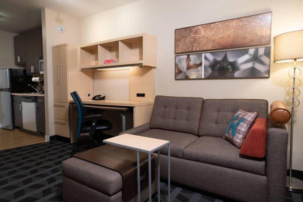 Towneplace Suites Republic Airport Long, Ideal Furniture Farmingdale Reviews