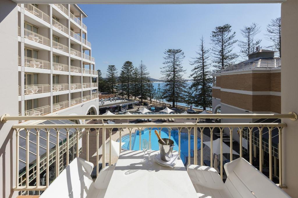 Rom med 2 queen-size-senger  Crowne Plaza Terrigal