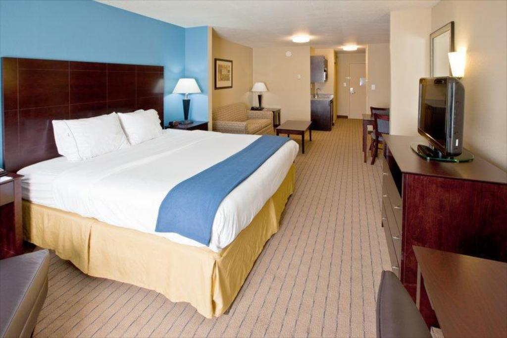 More about Holiday Inn Express Hotel & Suites Shelbyville
