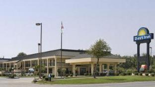 Days Inn by Wyndham Greenville MS