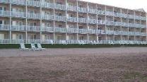 Mackinaw Beach and Bay Inn & Suites
