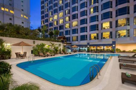 Swimming pool [outdoor] Millennium Hotel Sirih Jakarta