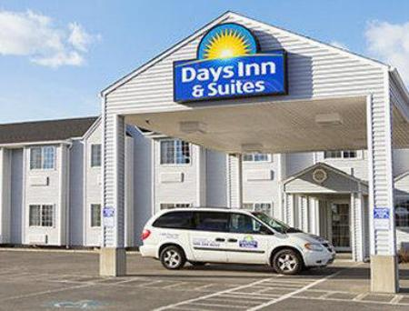 Days Inn & Suites by Wyndham Spokane Airport Airway Heights