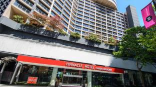 Pinnacle Hotel Harbourfront
