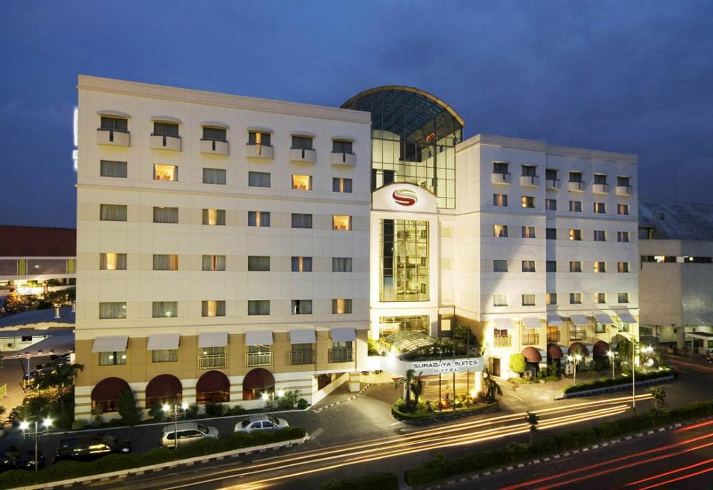 Meer over Surabaya Suites Hotel