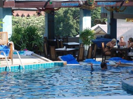 Swimming pool Drop In Club Resort and Spa