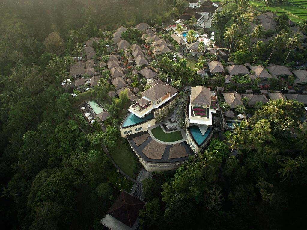 More about Kamandalu Ubud Resort