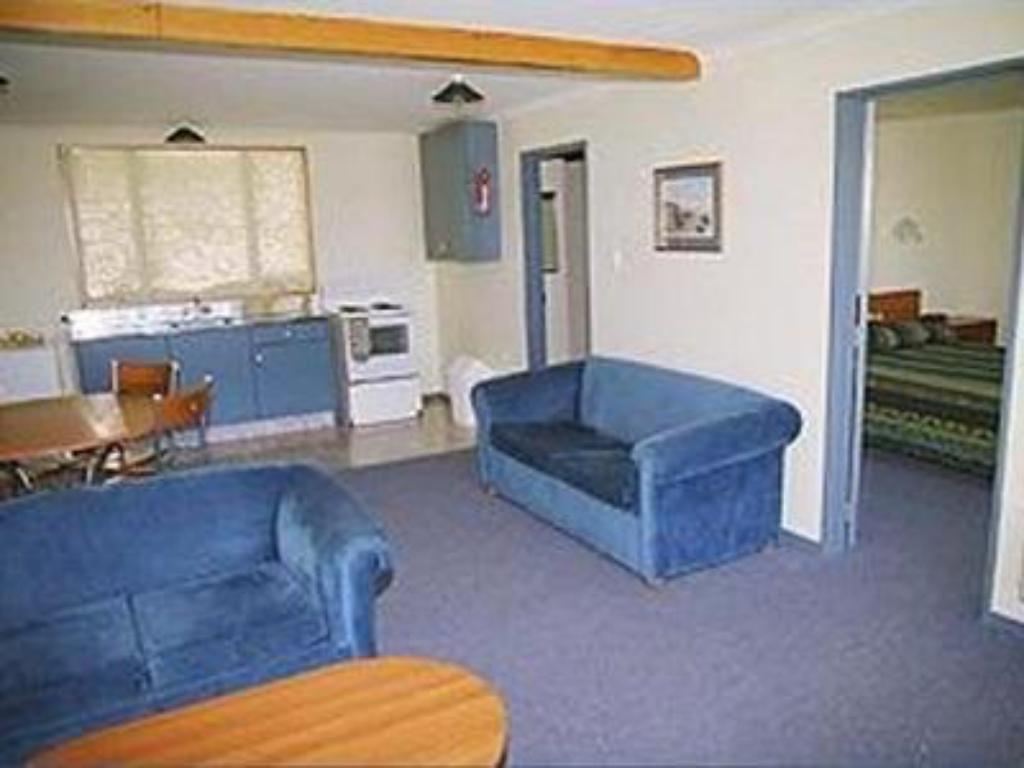 Interior view Admiral Court Motel