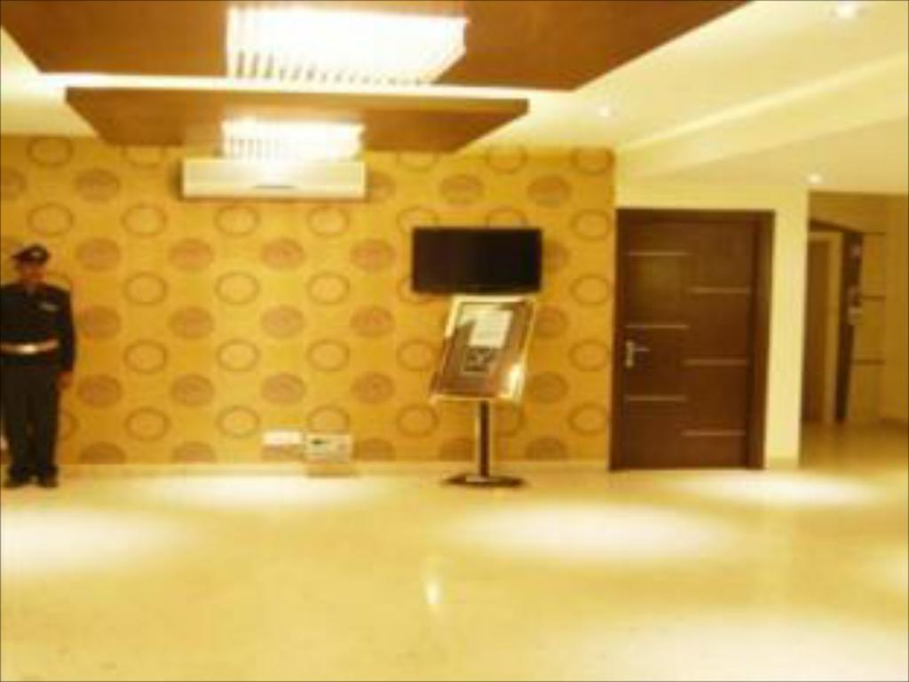 Hotel Orange International Best Price On Hotel Orange Pie In New Delhi And Ncr Reviews