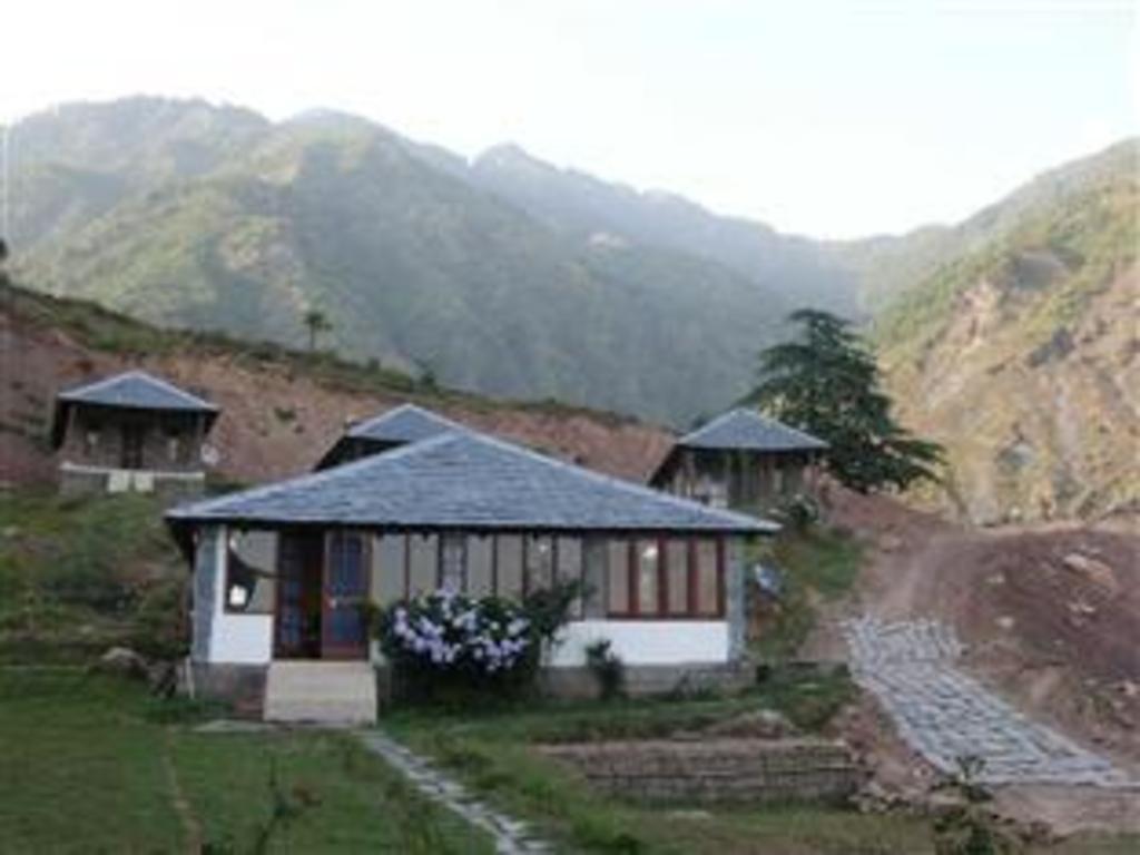 una comfort great himalayan adventure resort dharamshala hin